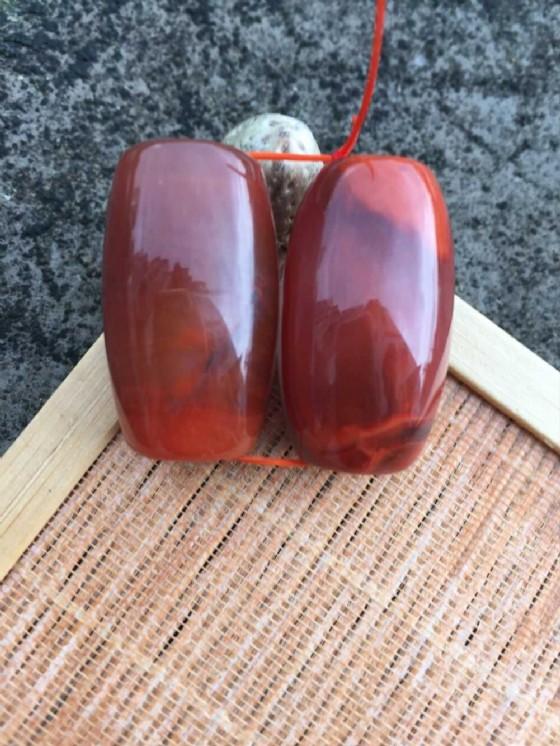 商品圖:南红玛瑙瓦西玫瑰红大桶珠一对