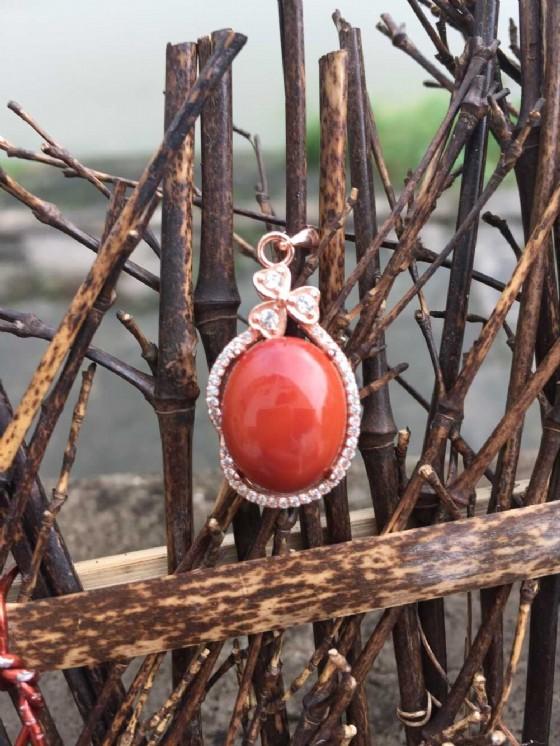 商品圖:南红玛瑙九口蛋面925镶嵌吊坠